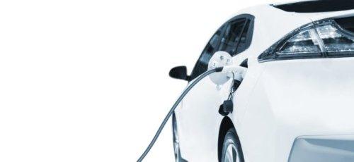 Brandgefahr von E-Autos: Folgen mehr Parkverbote in Parkhäusern?