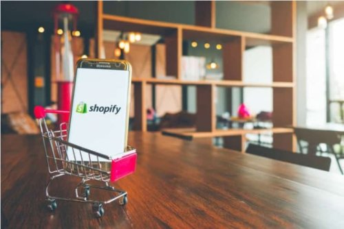 Shopify reportedly buys over $350 million stake in payment giant Stripe