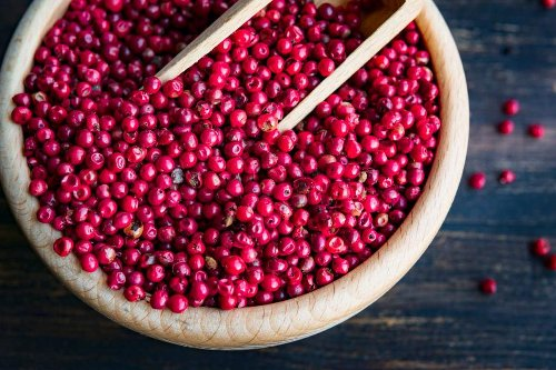 What are Pink Peppercorns Benefits and Recipes