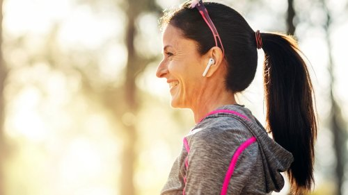 Listening to This Song While Walking Can Help You Lose Weight and Live Longer