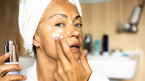These Are the 4 Worst Skincare Ingredients For Aging Skin