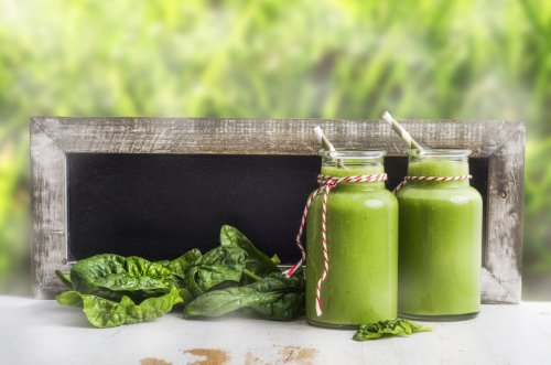 A Green Superfood Smoothie Recipe to Fuel Your Morning Right - First For Women