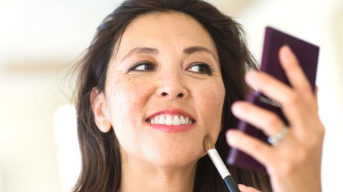 Doing Your Makeup in This Order Will Make It Last Longer and Prevent Creasing