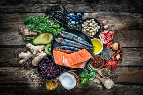The Best Diet For Older People to Lose Body Fat, Maintain Muscle Mass, and Improve Bone Density
