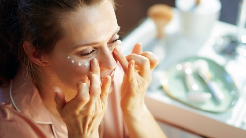 Are You Applying Eye Cream Correctly? Here's the Best Technique For Smoother and Brighter Skin