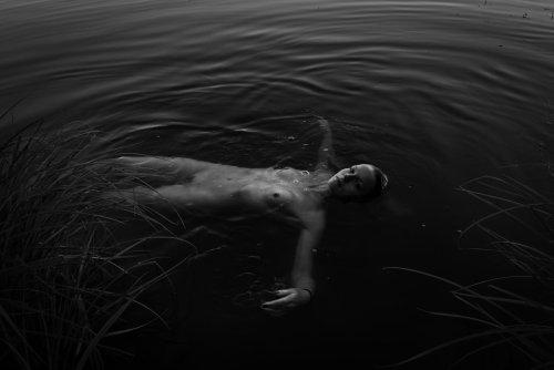 Le photographe Julien Lasota lance un cri d'amour à notre Terre