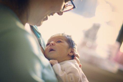Was Kindspech eines Babys über dessen Gesundheit verrät - FITBOOK