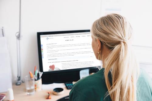 Fake-Gesundheitsmagazine werben für dubiose Produkte - FITBOOK