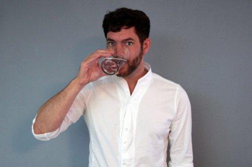 Marc Wübbenhorst (39) muss jeden Tag bis zu 20 Liter Wasser trinken