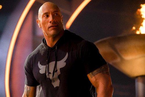 """""""The Rock"""": Das Brusttraining von Dwayne Johnson erklärt - FITBOOK"""