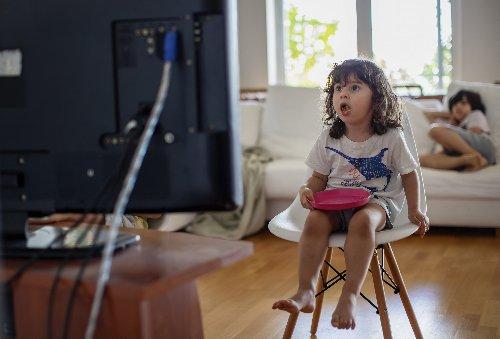 Folgen von wenig Bewegung und ungesundem Essen als Kind - FITBOOK