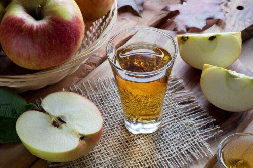 Apfelessig trinken: Wundermittel oder Gesundheitslüge?