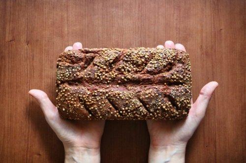 Wer abnehmen will, muss auf Brot verzichten? Falsch! Die richtige Sorte kann sogar dabei helfen