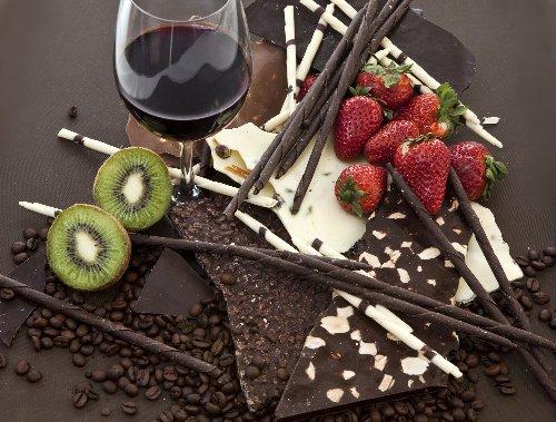 Kann man mit der Sirt-Diät wirklich gesund abnehmen? - FITBOOK
