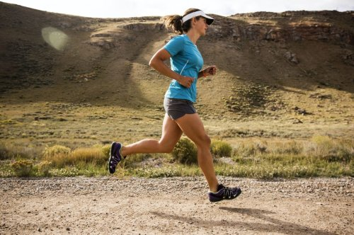 Richtige Rumpfhaltung beim Laufen hilft, Verletzungen zu vermeiden