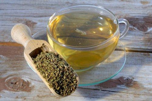 Cistustee: Heilmittel gegen Erkältung und Hautprobleme? - FITBOOK