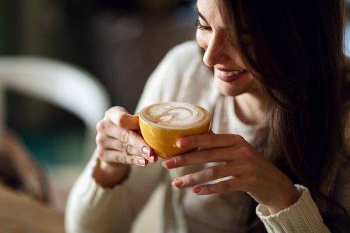 Heißgetränk im Faktencheck: Welche Mythen über Kaffee stimmen wirklich? - FIT FOR FUN