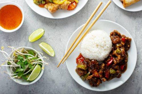 So sparst du bis zu 400 Kalorien bei Reisgerichten