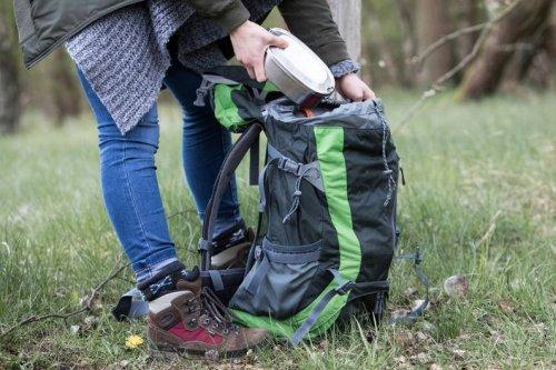Statt Traubenzucker: Welche Snacks beim Wandern wirklich satt halten - FIT FOR FUN