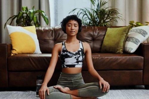 Langfristige Wirkung: Das passiert mit dir, wenn du täglich meditierst - FIT FOR FUN