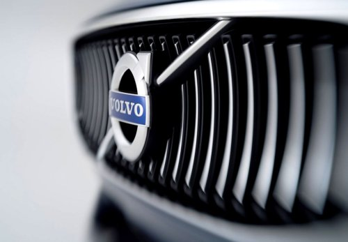 Volvo concede ai dipendenti 24 settimane di congedo parentale retribuito