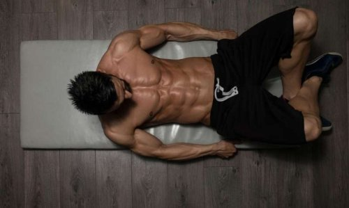 14 Best Ab Workouts for Men to Work Upper & Lower Abs
