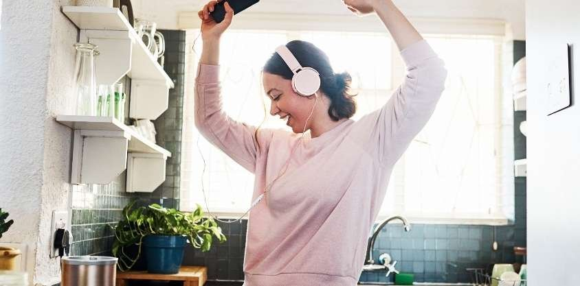 3 Simple Daily Habits To Lose Weight Quickly, Backed by Science