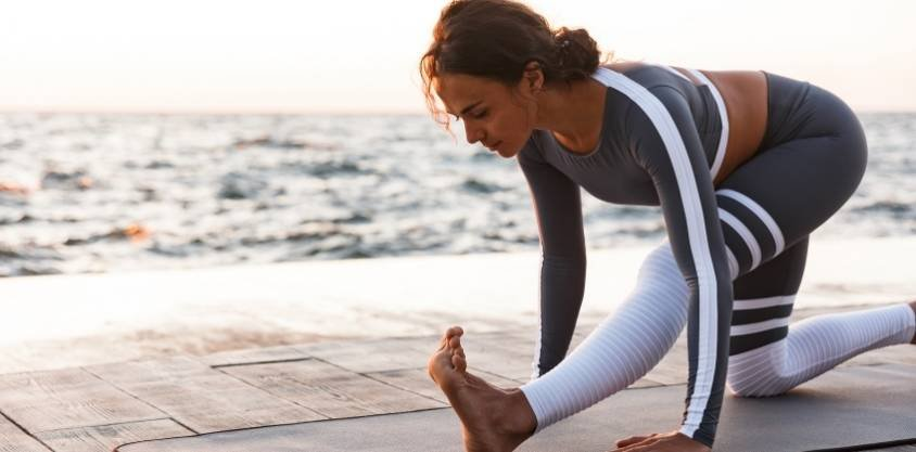 24 Best Yoga Poses for Beginners