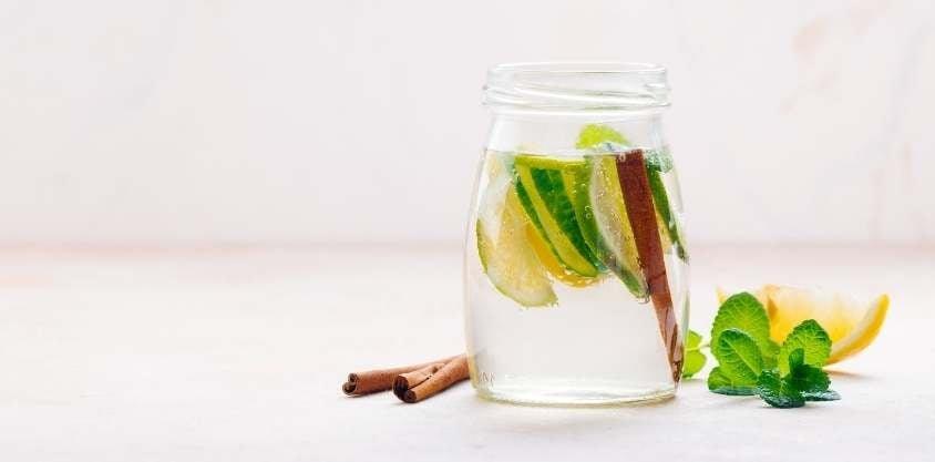 17 Best Detox Water Recipes to Help You De-Bloat