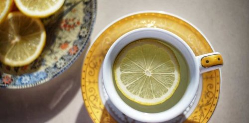 I Drank Lemon Water Every Morning for a Week and Experienced Shocking Effects