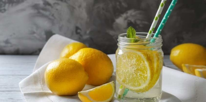 5 Best Fat Burning Drinks to Lose Belly Fat, Backed by Science