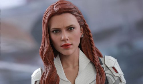 Black Widow and Taskmaster Hot Toys Sixth Scale Figures unveiled by Sideshow