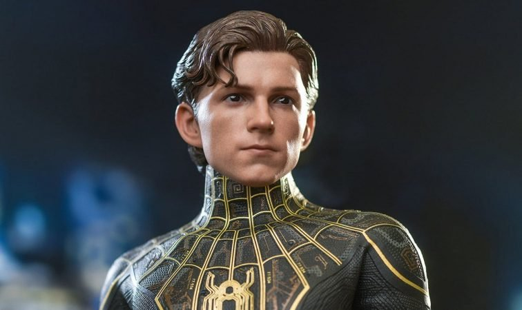 Spider-Man: No Way Home Hot Toys figure offers best look yet at Spidey's new Black & Gold suit