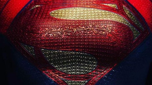 The Flash set photos offer look at Sasha Calle's full Supergirl costume along with Michael Keaton as Bruce Wayne