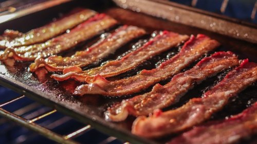 Read This Before Cooking Bacon In The Oven