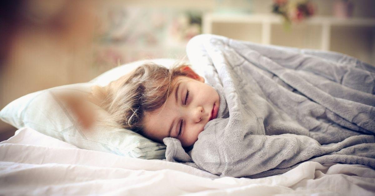 Help Your Kid Go to Sleep and Stay Asleep With These Cheap Weighted Blankets