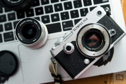 The Best Small Cameras for Travel Photography in 2021