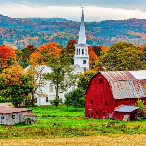 The Top 11 Small Towns Bursting With Americana