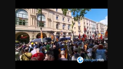 Spain: Pro-Independence protesters rally at Liceu Theatre where PM gives speech