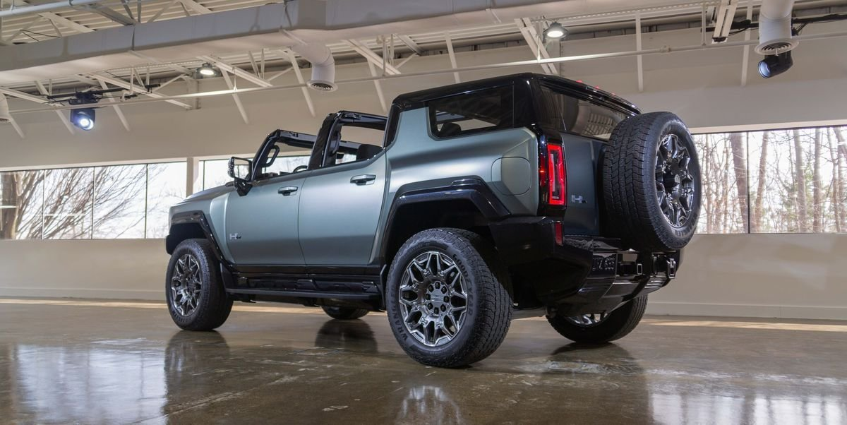 830-HP 2024 GMC Hummer EV SUV Is an Open-Roof Off-Roader