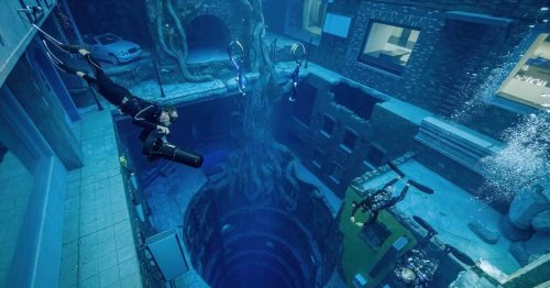 The world's deepest pool and other crazy world firsts
