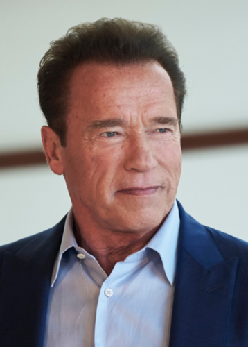 Arnold Schwarzenegger Made Less Than The Extras In This Film
