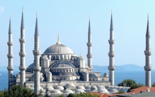 Istanbul - the bridge between east and west