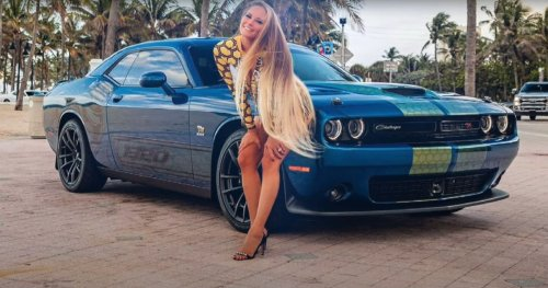 Playboy Playmate Audra Lynn Gets Her Dodge Challenger Wrapped