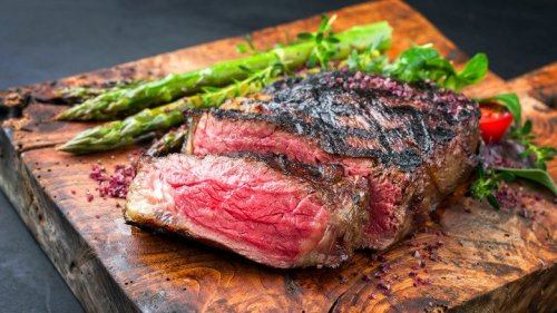 It's Clear Why Steakhouses Steer Clear From This Type Of Steak