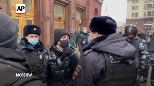 Yulia Navalnaya and hundreds of protesters detained