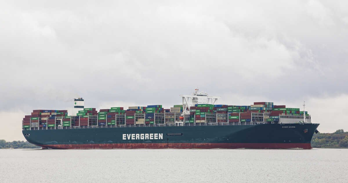 The Giant Cargo Ship Blocking The Suez Canal Got Moving Again