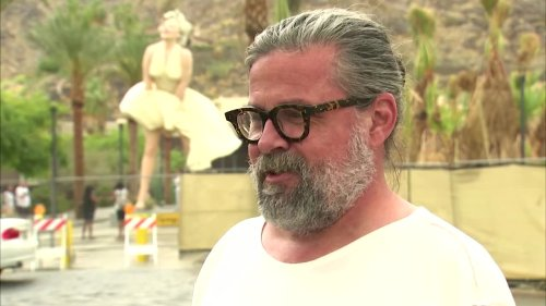 'Forever Marilyn' causes a stir in Palm Springs