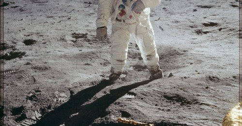 7 easy ways you can tell the moon landing happened