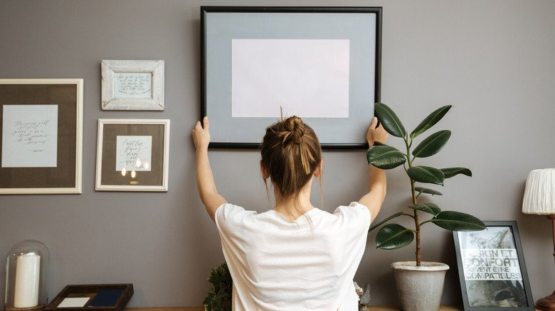 The Best Way To Hang Artwork When You're Renting